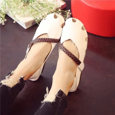 New lazy shoes round head hollowed out super soft woven with hope women's shoes students 24
