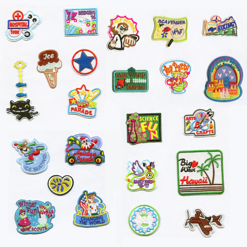 Cartoon Holiday Gift Patchwork Patch Embroidered Patches For Clothing Iron On For Close Shoes Bags Badges in Patches from Home Garden