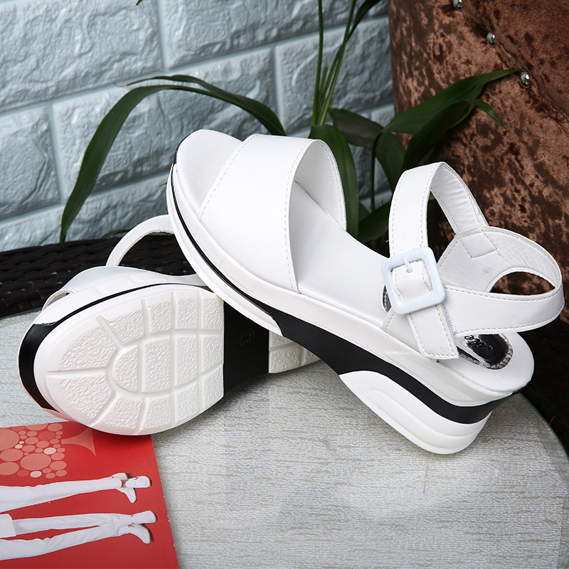 HTB1kTMsLzDpK1RjSZFrq6y78VXaF 2019 Summer shoes woman Platform Sandals Women Soft Leather Casual Open Toe Gladiator wedges Trifle Mujer Women Shoes Flats
