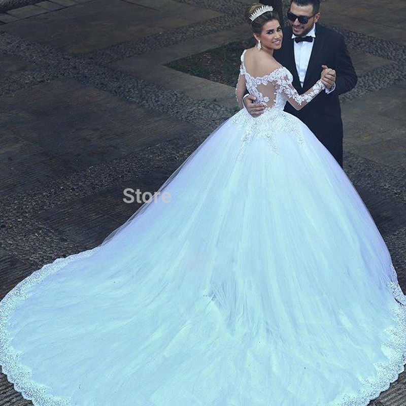 Luxury Vintage Long Sleeves Lace Wedding Dress Ball Gown Princess ...