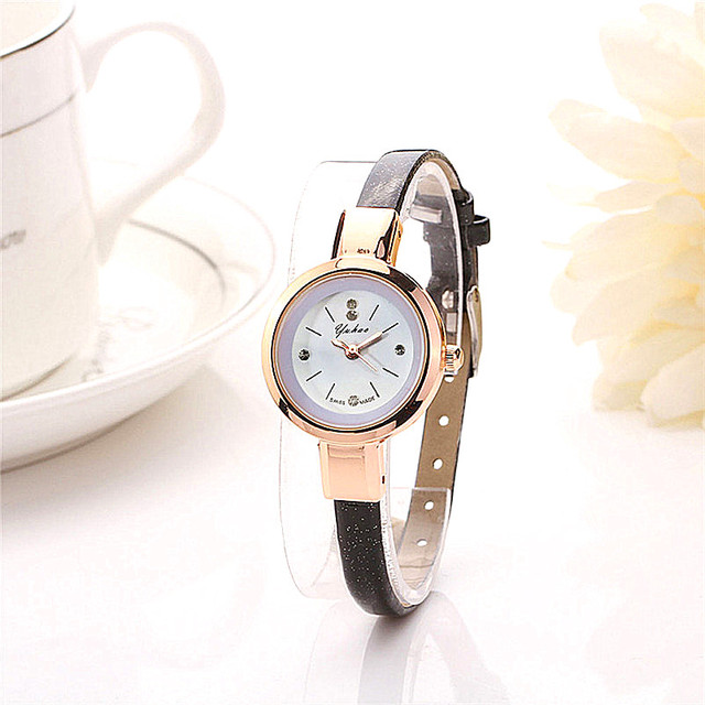 Hot Luxury Brand Whatch Quartz Wristwatch Ladies Watch Clock Casual Watch Leathe