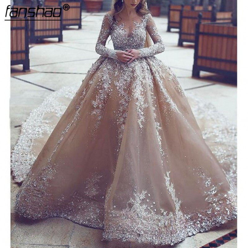 2019 Luxury Wedding Dress Ball Gown Appliques Beads Wedding Dress Tulle Boho Wedding Gown Bride Dress