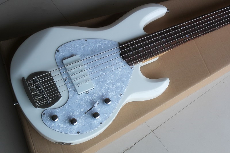 White Ernie Ball Music Man Sting Ray 5 String Deluxe Electric Bass Guitar with 9 V Battery active pickups 15 6 25