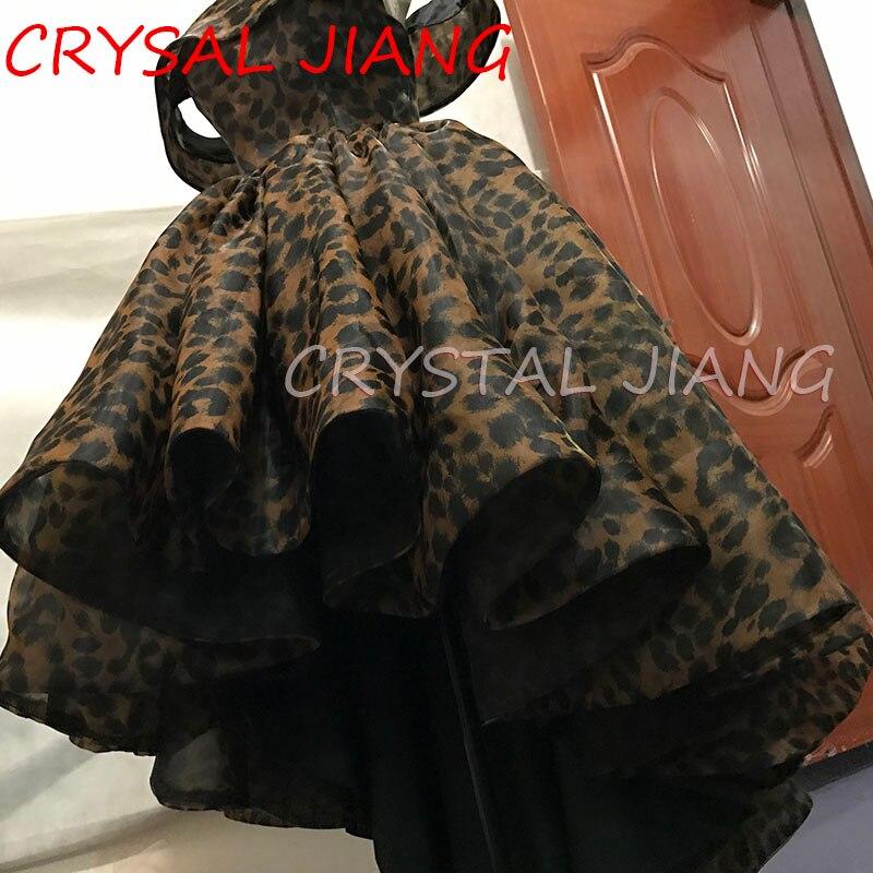 Vestidos de fiesta Arbic Vestidos de dama de honor Estampado leopardo Lujo Gran estilo de Medio Oriente 2018 Vestido floral con clavel