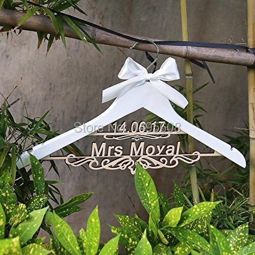 Personnalisé naturel en bois cintres mariage mariée demoiselle d/'honneur Demoiselle D/'honneur Cadeau