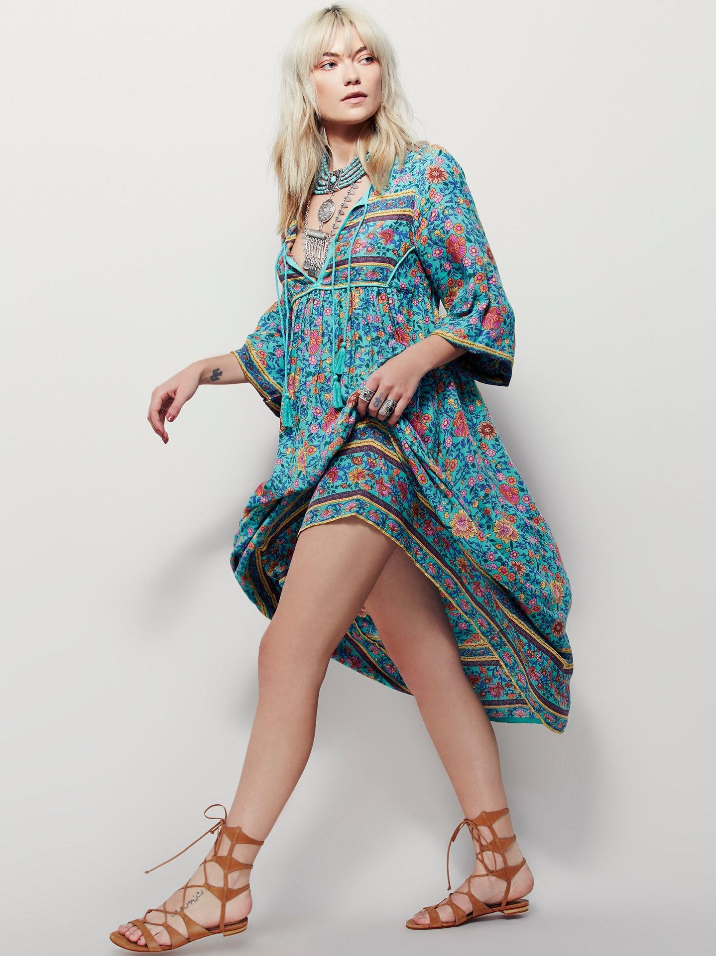 2018 heißer verkauf frauen quaste unregelmäßige druckkleid bohe stil blau lange kleider gedruckt lose hübsches kleid V-ausschnitt strand kleid