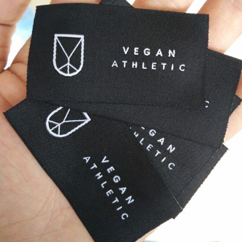 Ev ve Bahçe'ten Giysi Etiketleri'de 1000 ADET, 3*6.5 cm Özel mağaza adı Düz kesim şam polyester etiketleri siyah dokuma etiket giyim'da  Grup 1