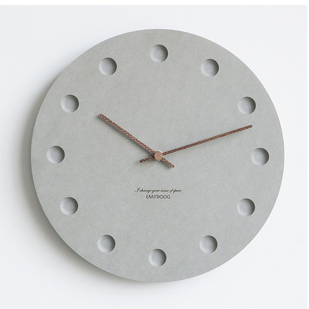Simple Grey Round Hole Wall Clock Wooden Battery Silent European Creative Art Wall Clock Living Room Wandklok Clock Home 50w076Simple Grey Round Hole Wall Clock Wooden Battery Silent European Creative Art Wall Clock Living Room Wandklok Clock Home 50w076