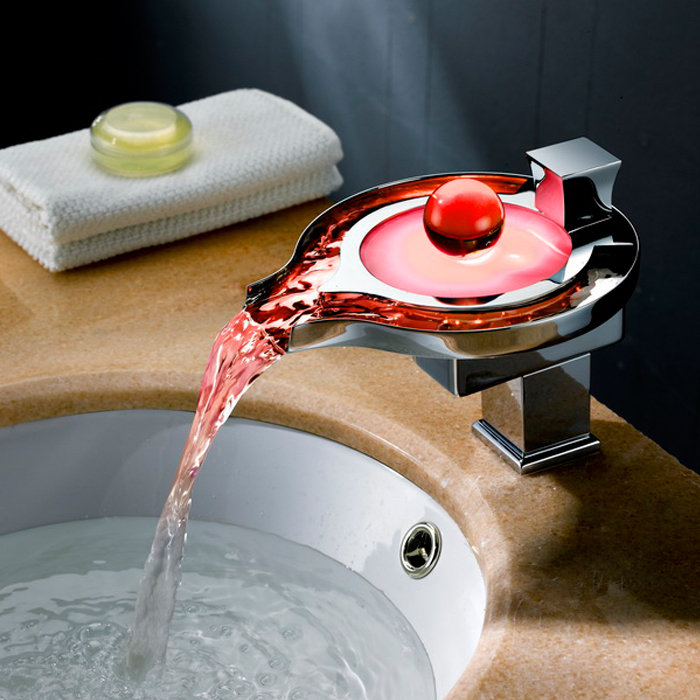 Robinet de salle de bain Led en laiton chromé cascade salle de bain robinets de lavabo 3 couleurs changement Led robinet d'eau puissance bassin led mélangeur robinet à Led