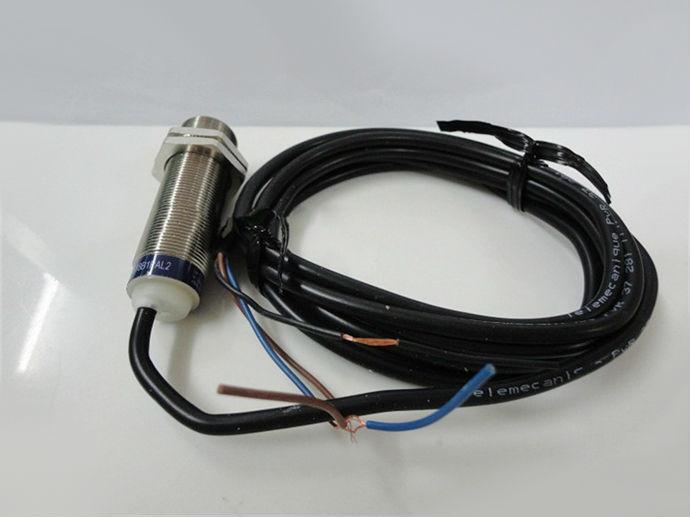 Limit Switch XS218ALNAL2 XS2-18ALNAL2 limit switches bz 2rw822 d612