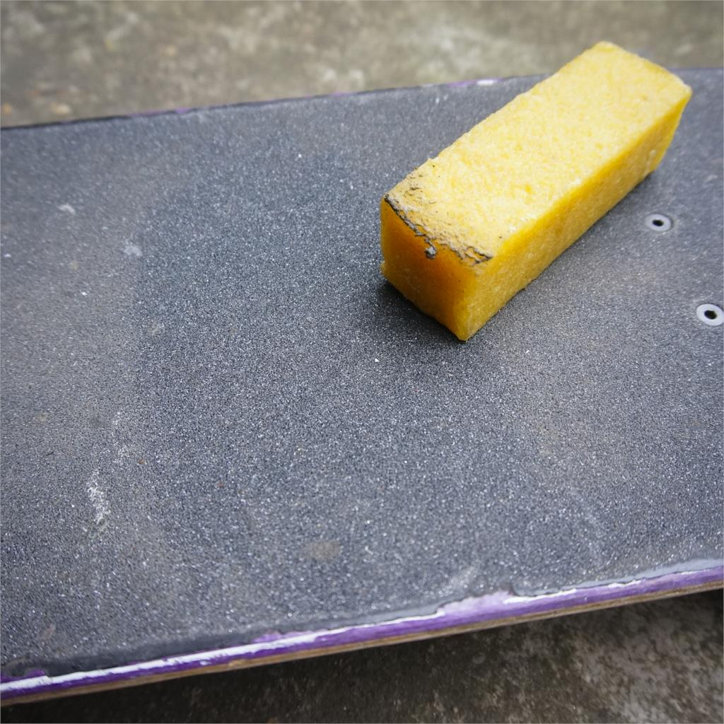 Eraser Skate Penny Chute Banana Board Skateboard Sticker Sandpaper Replace Single Rocker Cleaning Wash Grip Cleaner Tool