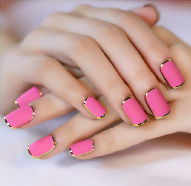 Online Shop New Lady nails Rose Red Matte Fake Nails Metallic Gold ...