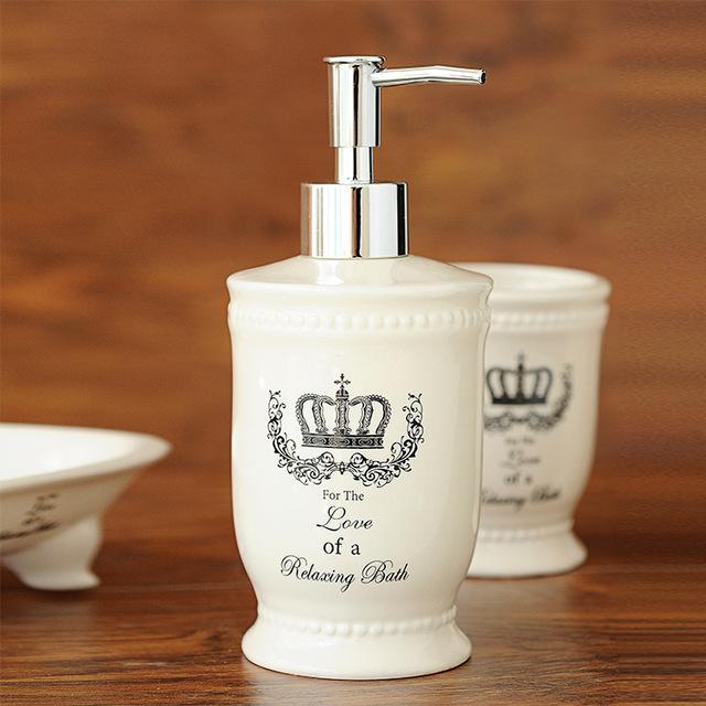 Ceramic crown bathroom accessories