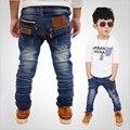 Buraco quebrado Calças 2017 Primavera Outono Bebê Menina Meninos Calças Jeans Rasgado Calças Jeans de Roupas infantis Venda Quente