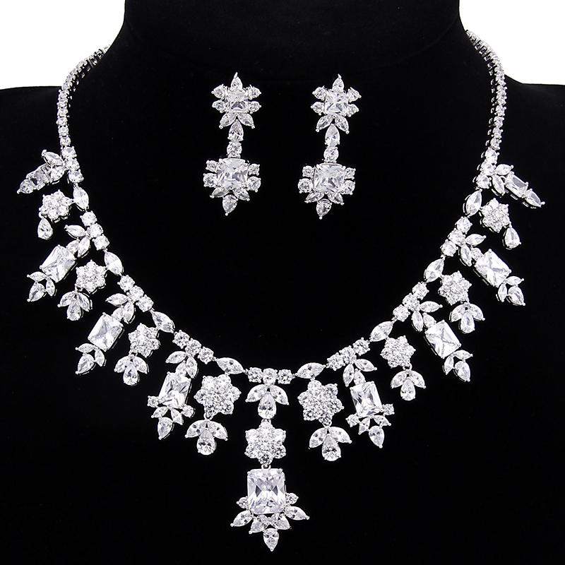 European Style Luxury And Noble White Gold Color AAA+ Cubic Zirconia Vintage African Bridal Jewelry Sets For Women WS040