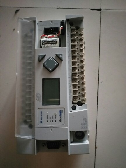 1Pc USED 100% TESTED ORIGINAL PLC MODULE 1766-L32BXB Micrologix 1400 32 Point Controller 1766-L32BXB used 100% tested ut38e