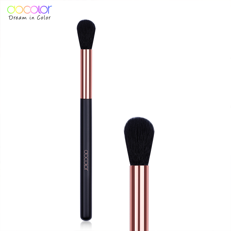 Docolor 1PCS Highlighter Brush Synthetic Hair Professional Makeup Brushes Cosmetic Powder Blending Make Up Brushes Wood Handle