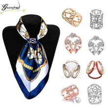 OL Style Fashion Crystal Flowers Imitation pearl Flower Scarf Brooch Pins Opal Stone Flower Scarf Clips Silk Scarf Jewelry