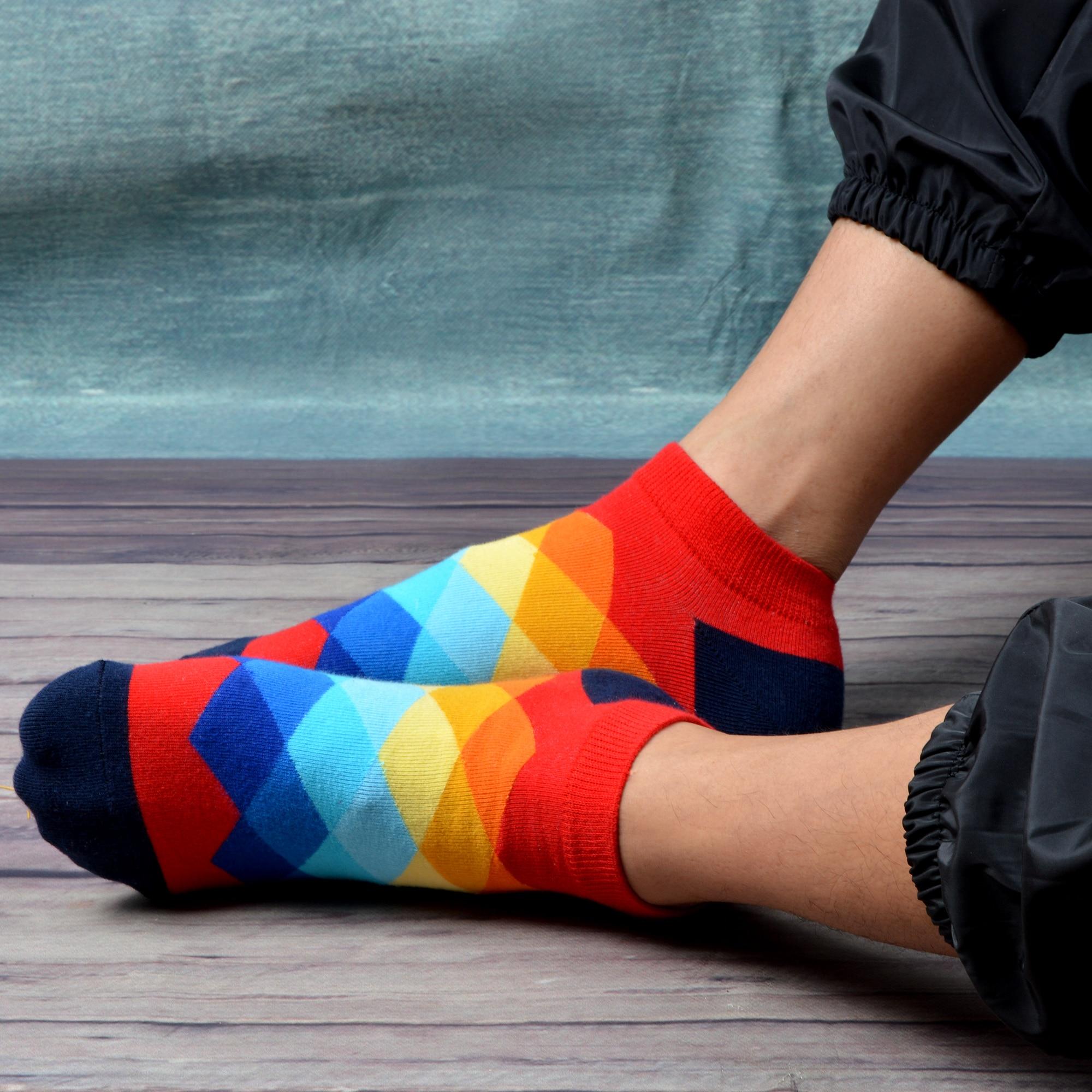 Mens athletic low cut Ankle sock Black Lattice British Plaid Red Non-Slip Breathable Short Sock