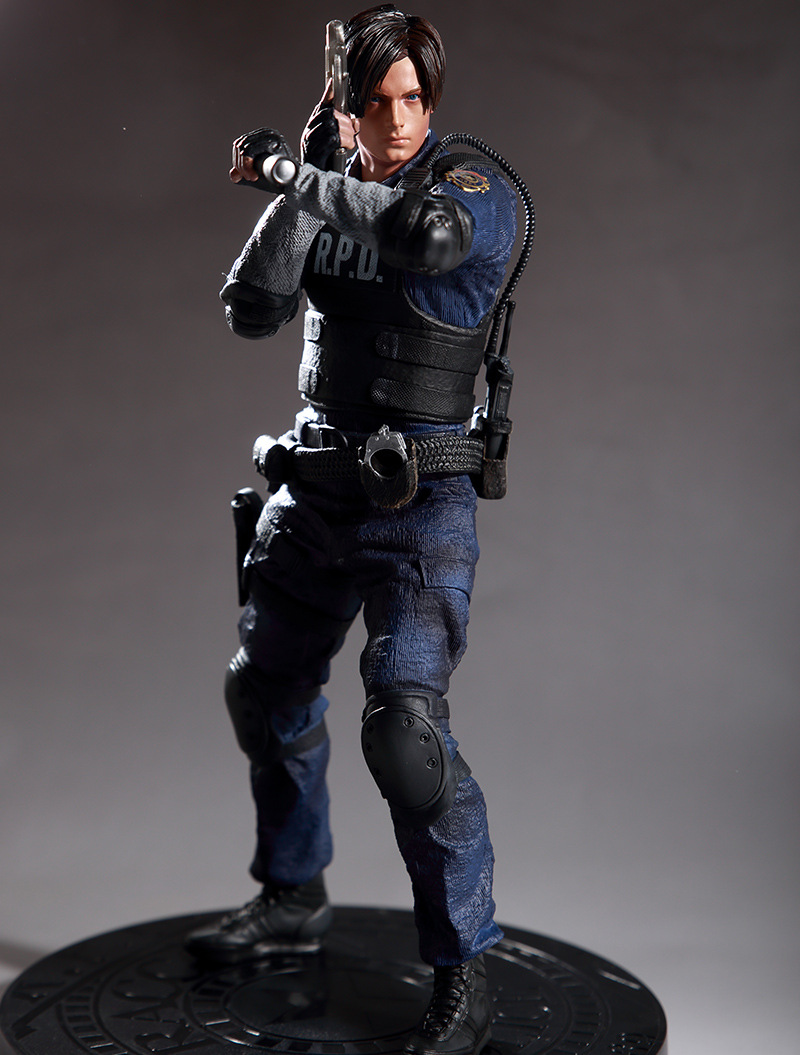Game Resident Evil Character Leon Scott Kennedy Action Figure ToysGame Resident Evil Character Leon Scott Kennedy Action Figure Toys