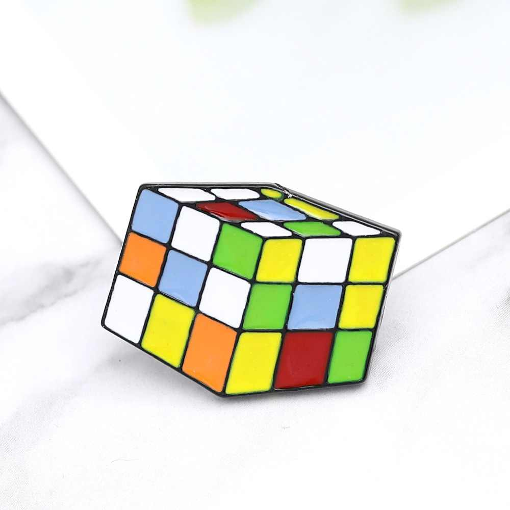 Kubus Pin Bros Enamel Warna-warni Pins Lencana Hijau Putih Biru Kuning Merah Orange Kerah Pin Lencana Tombol 3D Mainan Pin bros Anak-anak