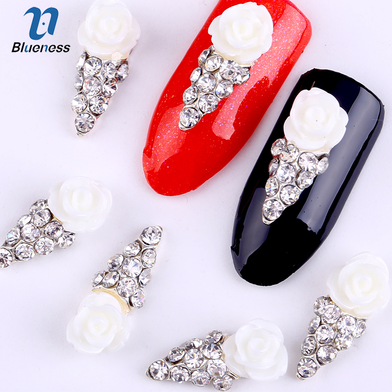 10Pcs/Pack New 3D Nail Art Decorations White Flowers Silver DIY Glitter Crystal Rhinestones For Alloy Nails Tools TN357 50 pcs set 3d nail art decorations glitters diy nail tools full rhinestones silver crown crystal nails studs1