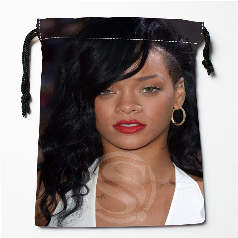 W-152 New Rihanna &G Custom Logo Printed  Receive Bag  Bag Compression Type Drawstring Bags Size 18X22cm R801R152RG