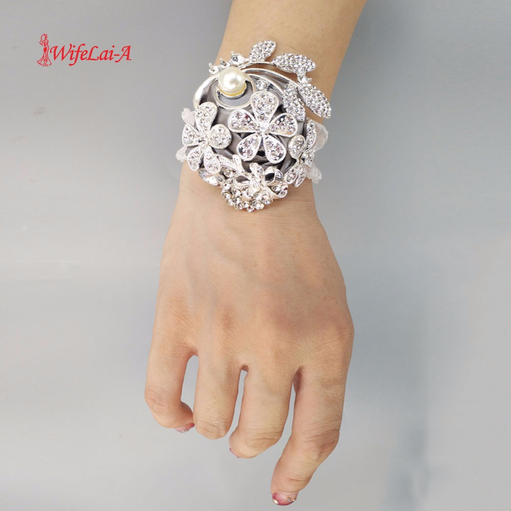 Hand Corsage Pearl Bracelet Jeweled Crystal Bling Wedding Bracelets Wrist Corsage Brooch Flower Wrist Corsage W0888