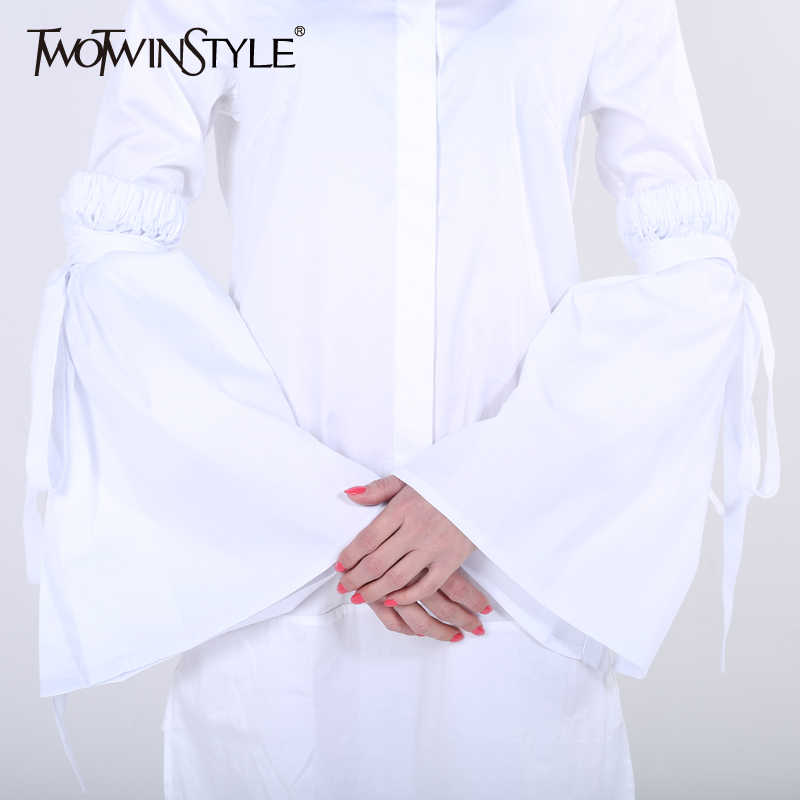 TWOTWINSTYLE 2019 النساء ضمادة الدانتيل يصل مضيئة جرس الشق كم الأصفاد الإناث الملابس الاكسسوارات الكورية أزياء جديد