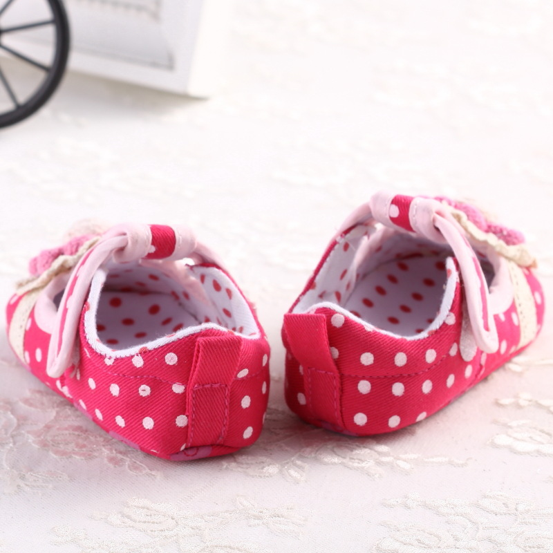 Baby Girl First Walkers Shoes Newborn Toddler Girl Polka Dot Soft Sole Pram Shoes Sapatos Infantil Calzado Ninas