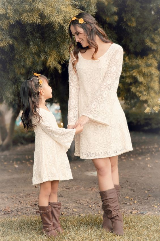 Women Mother Daughter Long Sleeve Dresses Lace Elegant Family Matching Clothing