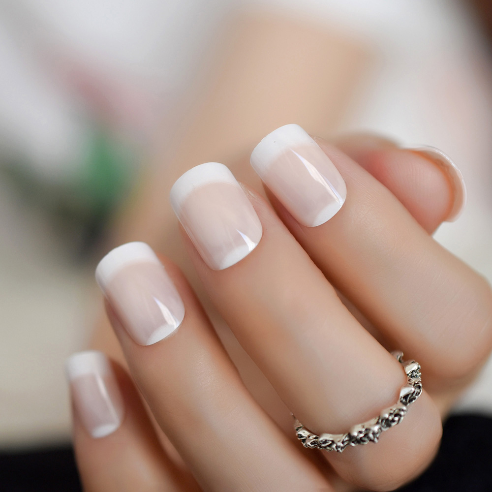 Classical Natural French Nail with White Moo Shiny Nude Color Fake Nails Medium Size Manicure Tips Simple