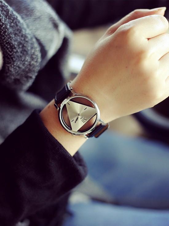 Szkielet zegarek Relogio feminino Trójkąt zegarka kobiet Delikatne przejrzyste pusta skórzany pasek wrist watch quartz dress watch 6
