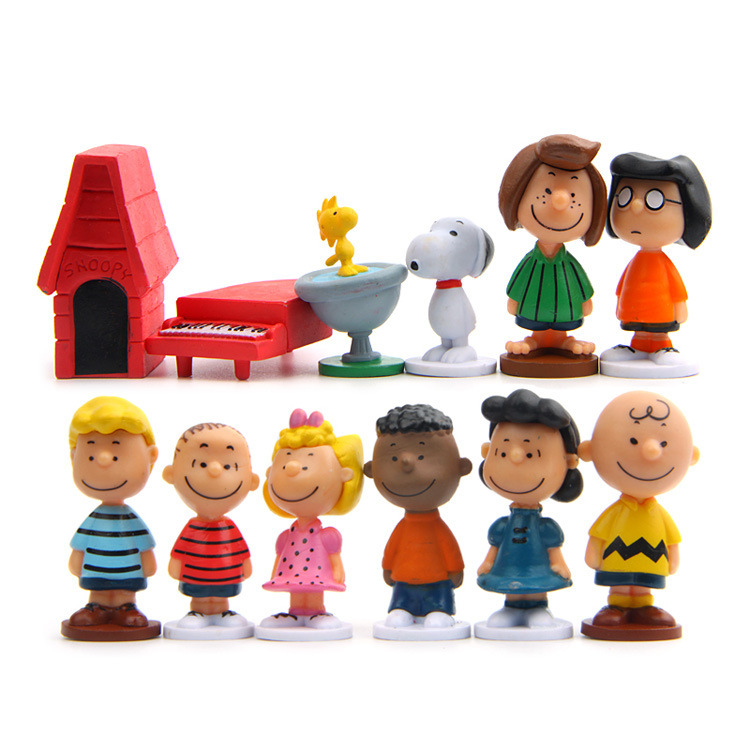 12pcs/set Charlie Brown And Friends Beagle Woodstock Peanuts Girl Kid Toy Animiation Action Figure Kids Toy Gift Miniature Model 1 set totoro umbrella jenga diy doll animiation action figure kids toys gift miniature model doll house car ornaments