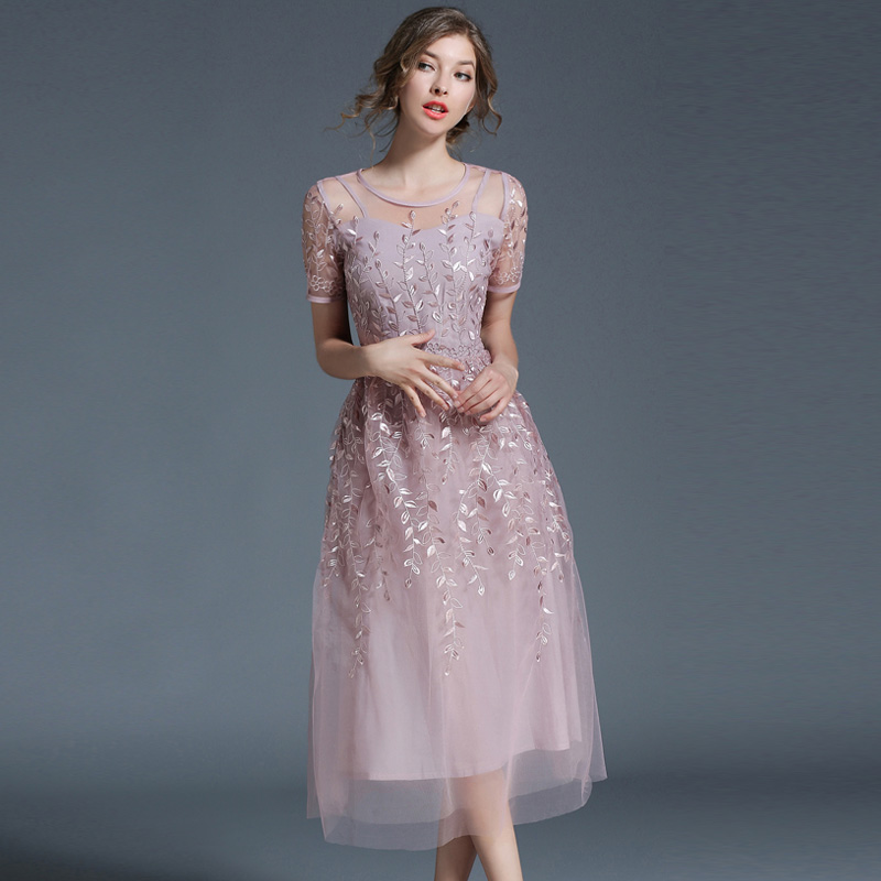 2018 New Spring Summer Women dress Short Sleeve Slim Embroidery Mesh Heavy Industry Long A Word Dresses Sky Blue Pink 6128
