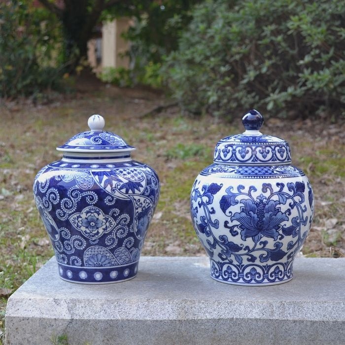 christmas blue and white porcelain ornaments trade new Chinese ceramic general study shelf tank decoration