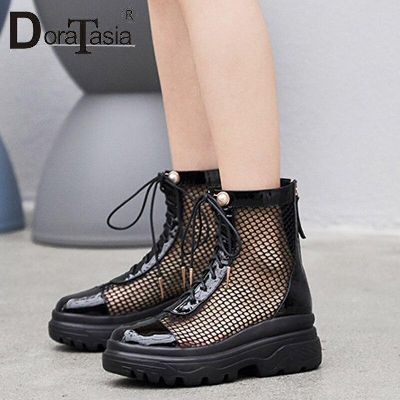 Ayakk.'ten Ayak Bileği Çizmeler'de DoraTasia Lüks Kadın Yaz Örgü Çizme Sandalet 2019 Yeni Hakiki Deri Yaz Takozlar Baba platform ayakkabılar Kadın Büyük Boy 33  42'da  Grup 1