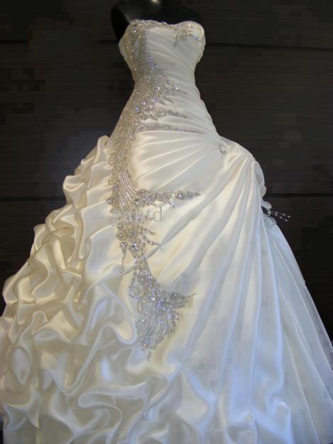 Best Selling 2018 Wedding Dresses With Rhinestones Slight Sweetheart Blush Train Ruffled  Fold Pleat Lace Up Sexy Bridal Dress