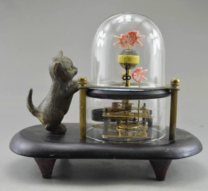 Artisanat statue vieux travail manuel cuivre sculpté chat poisson mécanique horloge de Table