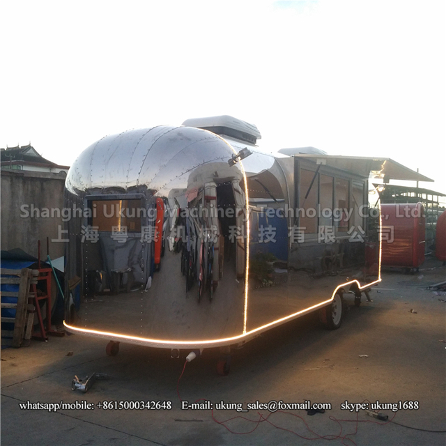 AST 210 680cm Stainless Steel Airstream Trailer Customized Food Mobile