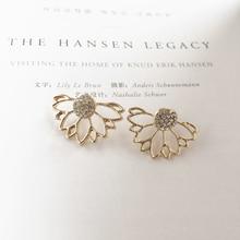 2019 Womens Earrings Simple Flower Crystal Stud For Women Accessories Fashion Rhinestones Jewelry Bohemian