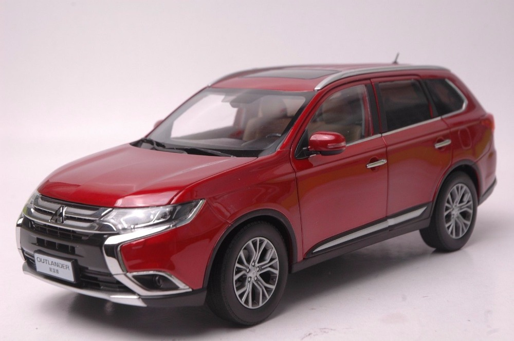 1:18 Diecast Model for Mitsubishi Outlander 2017 Red SUV Alloy Toy Car Miniature Collection red mitsubishi lancer fortis diecast model show car miniature toys classcal slot cars