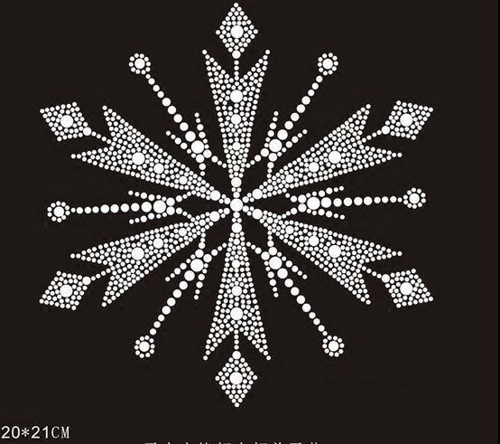 cb7eaaeb22 US $7.2 10% OFF|2pc/lot Christmas snowflake hot fix rhinestone transfers  iron on crystal transfers design applique patches for shirt-in Rhinestones  ...