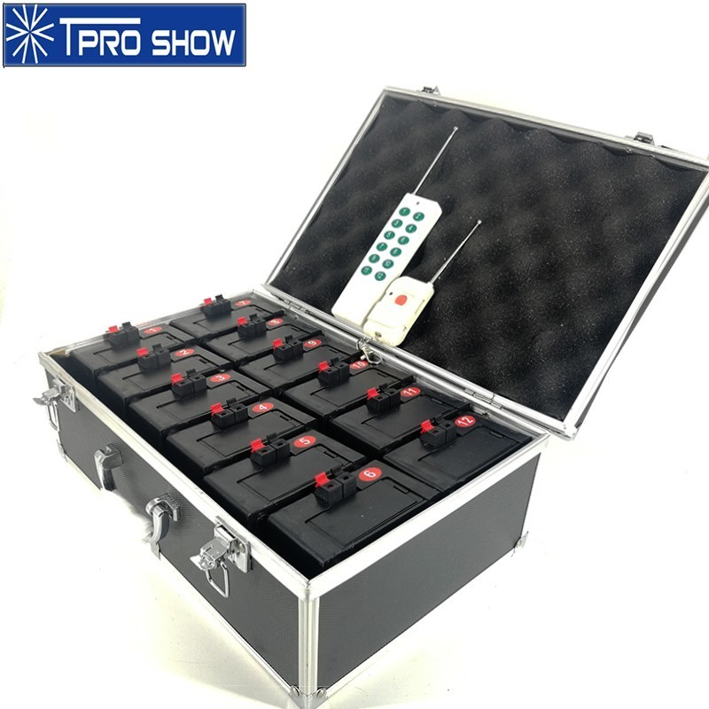 Stage Fountain Cold Pyrotechnics Indoor Wedding Fireworks Wireless Remote Control System 12 Mini Pyro Spark Machine Flight Case