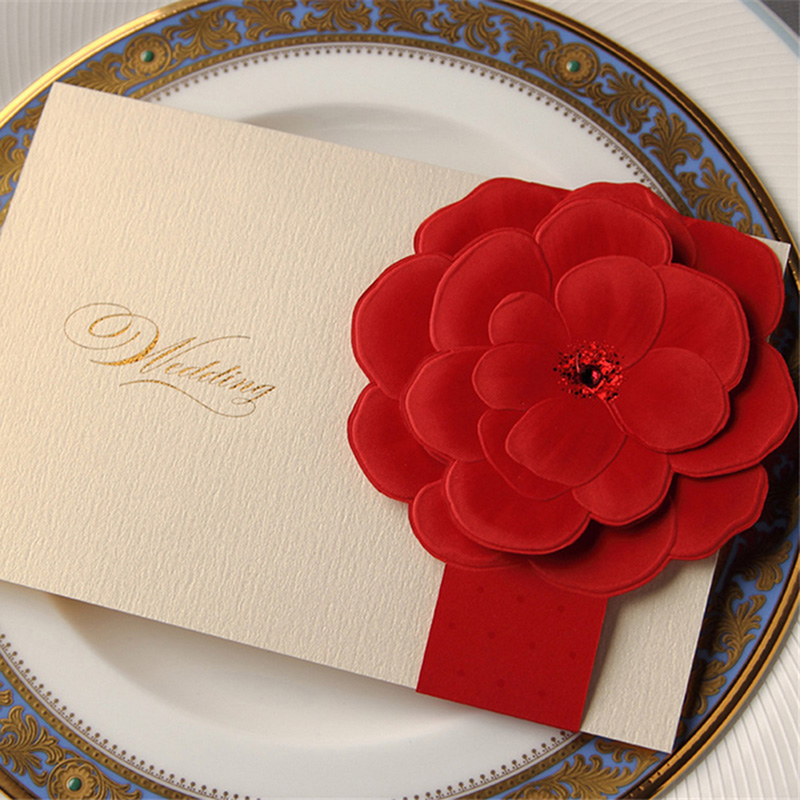 100pcs Laser Cut Red Floral Flower Wedding Invitations Card Personalized Custom Printing & Envelope Wedding Party Supplies Decor design personalized printing red wedding invitations cards blank paper card kit laser cut lace flower convite pack of 50