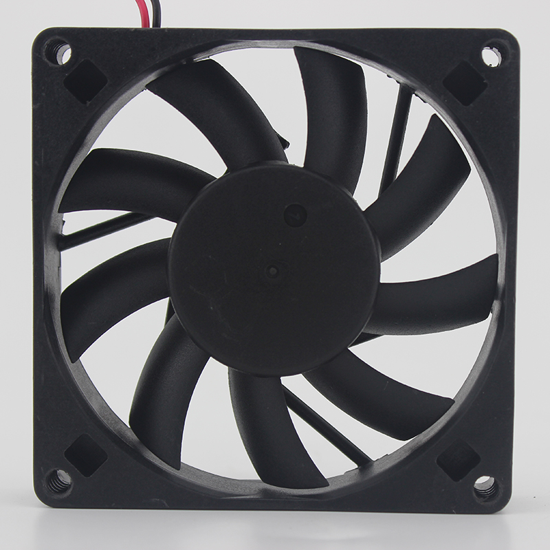 AD0805HB-D71 8015 5V 0.43A chassis fan power supply fan