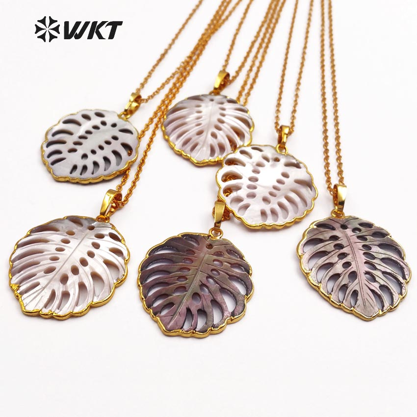 WT JN027 WKT commercio all'ingrosso collane di conchiglie naturale, forma di foglia di moda pendenti con catene di colore dell'oro dei monili delle donne regalo-in Collane con ciondolo da Gioielli e accessori su  Gruppo 1