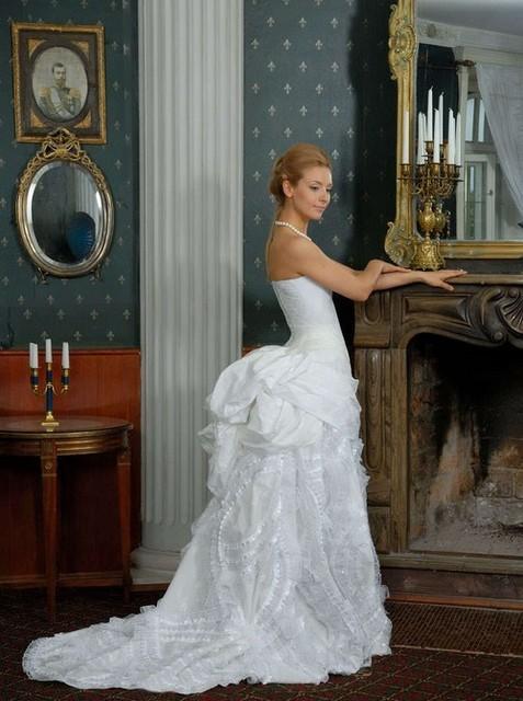 CUSTOM MADE Ivory Silk Victorian Bustle Dress&Mermaid Bridal Dress ...