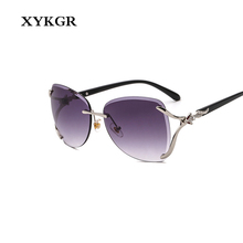 XYKGR new fashion frameless sunglasses womens brand trend rhinestone glasses men and women gradient color lens retro