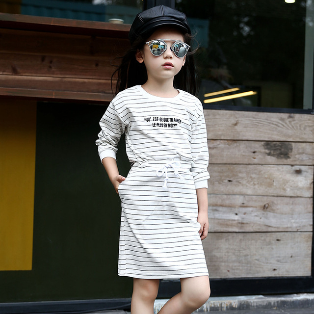 2016 new stripe girls skirt set full sleeve shirt with letter and skirt casual clothes suit o-neck sport suit for spring
